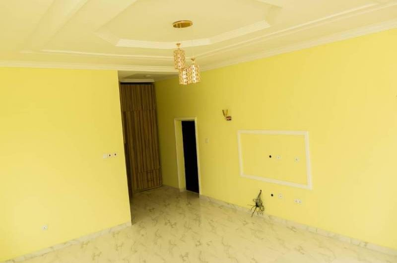 A tastefully built, 3 numbers of 5 bedroom spacious Detached house AT OMOLE PHASE1,Lagos ₦140,000,000
